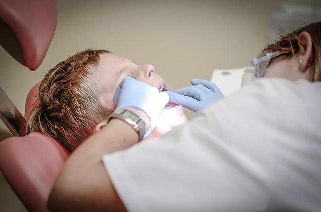 רופא שיניים חירום לילדים