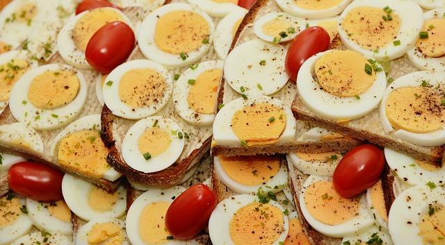 סנדוויצ'ים טריים לארוחת בוקר