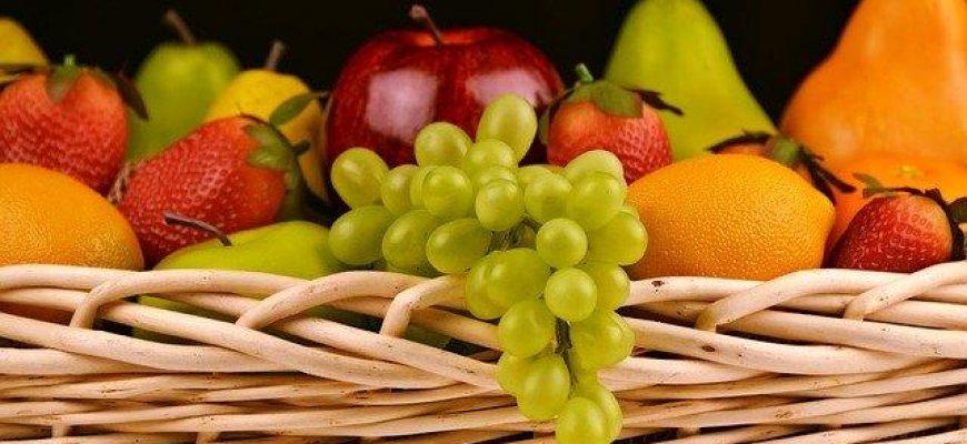 מדוע חשוב לצרוך פירות במהלך החורף?